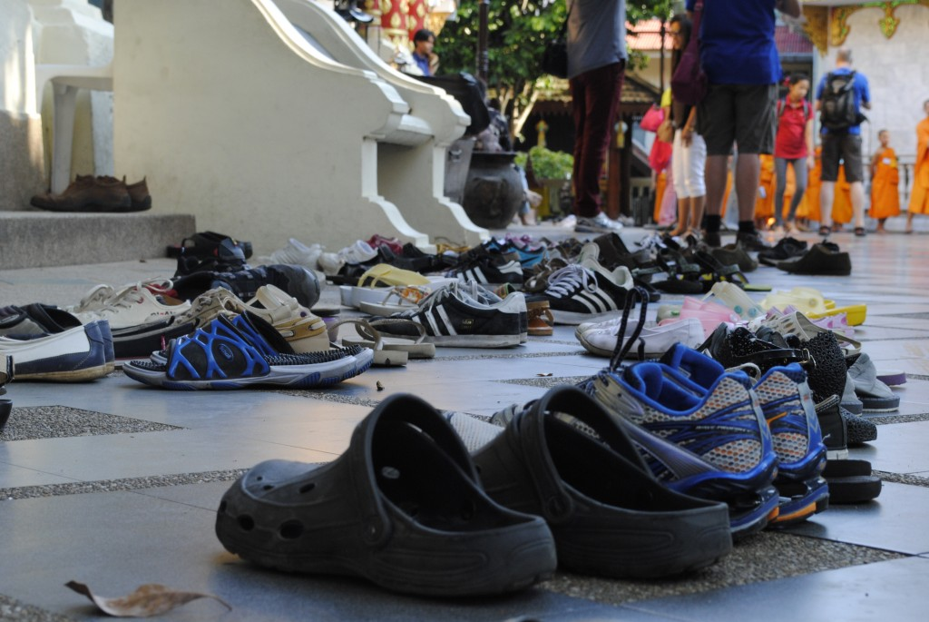 Shoes outside of Wat Doi Suthep. To enter a Wat, everyone must remove their shoes, wear pants or long shorts, and women must cover their shoulders.
