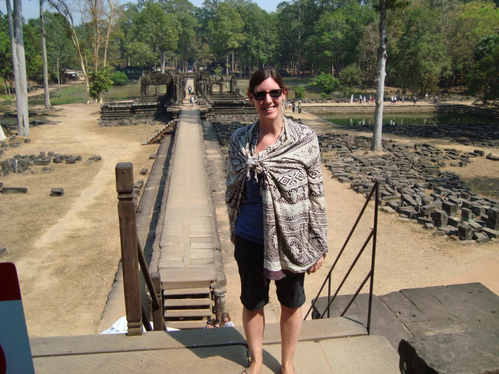Several of the temples in the complex are active religious sites, so everyone had to have pants to the knees, and women had to have their shoulders covered. This how I handled that in the intense heat.